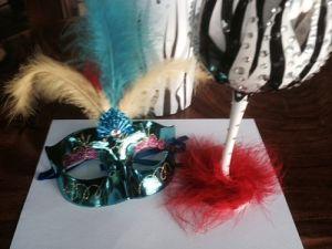Feathered Mask