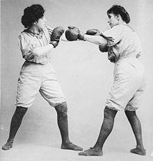 220px-Bennett_sisters_boxing