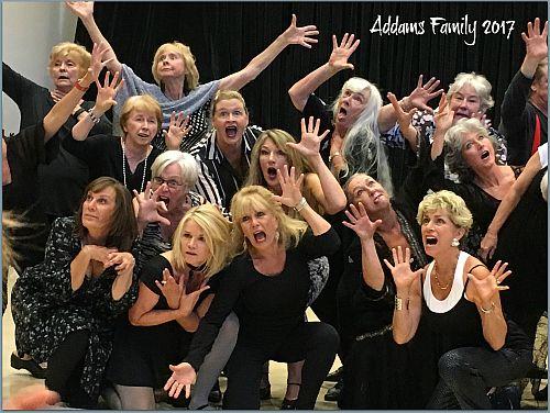 Adams Family-500pix